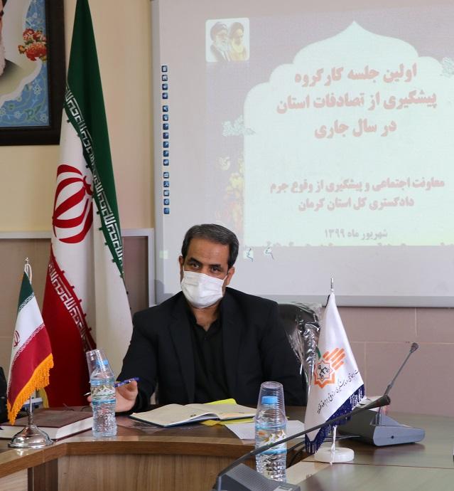 حضور پلیس در جاده ها مُسکن موقت است/ ضرورت توجه به دو مساله هندسی راه ها و نقاط حادثه خیزِ استان کرمان