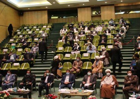 امنیت پایدار در مناطق جنوب و شرق استان کرمان برقرار است/اهل تسنن و تشیع در همه صحنه ها نظام را همراهی کرده اند